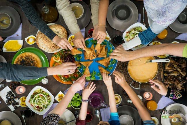 Alt=10 cenas saludables que te ayudarán a descansar